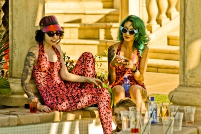 Contemporary-Housewives